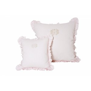 Golden Chic pillows
