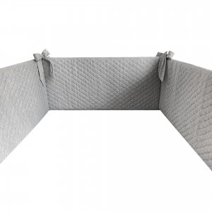 Grey quilted cot bumper