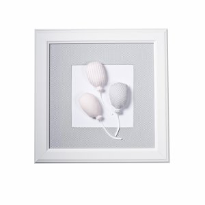 Light grey picture with balloons